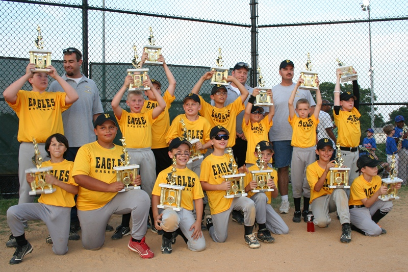 2011. The 8U Allstars finished in 2nd place at the LFYAA annual tournament.