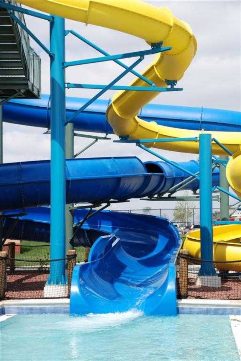 WATERPARK IS ONSITE OF THE COMPLEX,, LESS THAN 50 YARDS AWAY FROM FIELDS,, (DONT EVEN HAVE TO MOVE YOUR CAR)