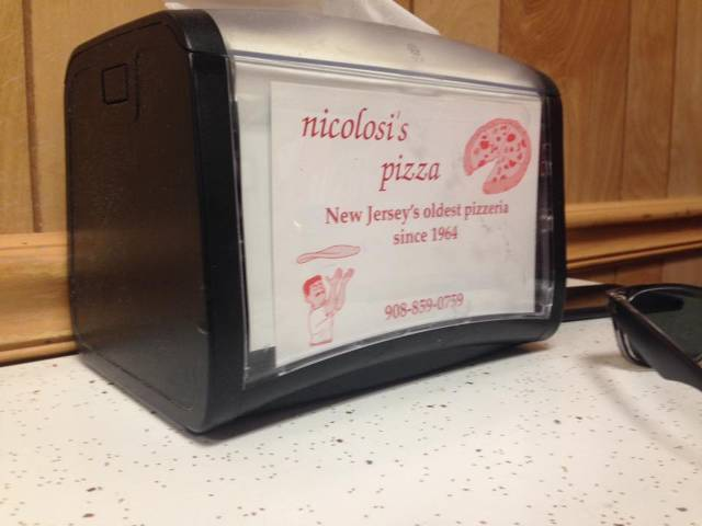 https://www.facebook.com/pages/Nicolosis-Pizza/189860971027778