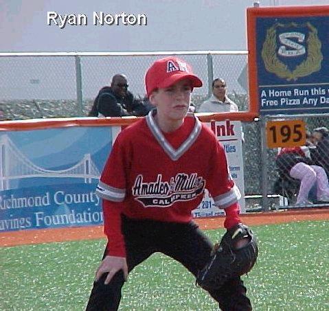 <b>2005 Michael Romano Memorial Award</b> - Ryan Norton