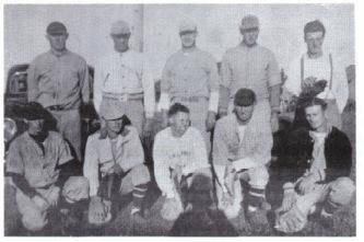 (Photo) Creemore Baseball Team – About 1946