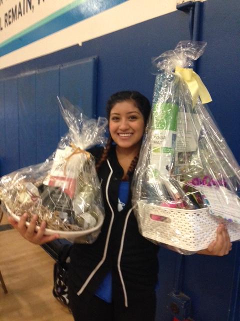 Lucky girl!!  She won TWO baskets!