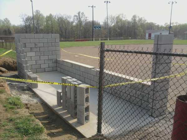 Construction on a new dugout for field 1 nears the halfway point. Thanks to Complete Masonry for all the materials and Artisan Masonry for the labor.