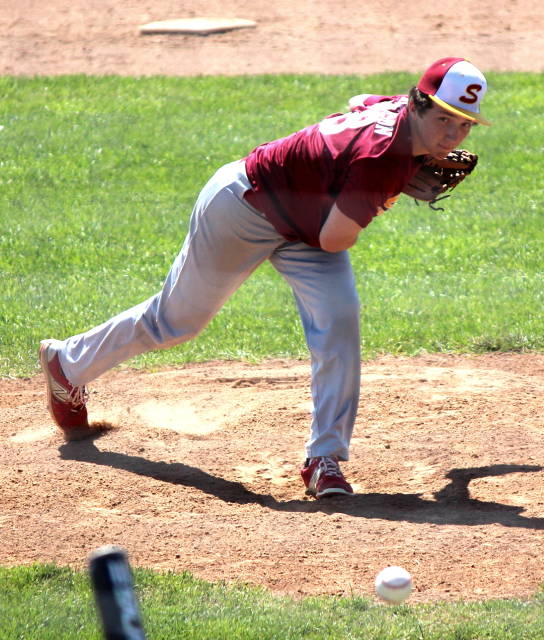 Max Anderson pitching