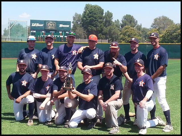 <center><b>2017 Saturday Wood Bat National Playoff Champions!</center><BR> <center><font size=4 color=000033>LA HARD KNOCKS</font></b></center><BR>  <center><font size=3><b>Top row:</b> Marshall Martin, Matt Garner, Bryan Fisher, Josue Iniguez, Jordan Broe, Dalton Roderick, Evan Young<BR> <b>Bottom row:</b> Brandon Kaufman, Matt Kelsey, Kyle Convissar, Brandon Sides, Jim McArthur, Michael Fischbach</font></center>