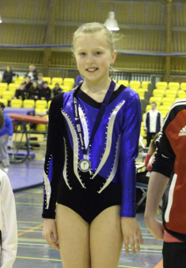 SG GRADING - MARCH 2012 - NATASHA HOFFMANN - 1st place (DU13 G)