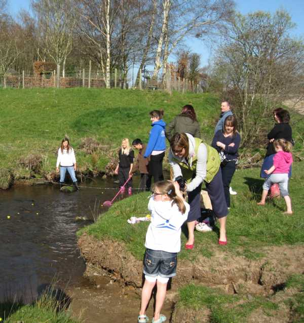 DUCK RACE - The finish line!