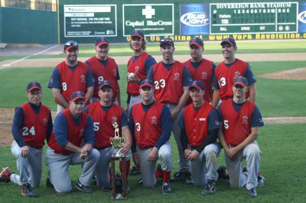 A victorious Lawnton Angels team posing as champs of 2009!....