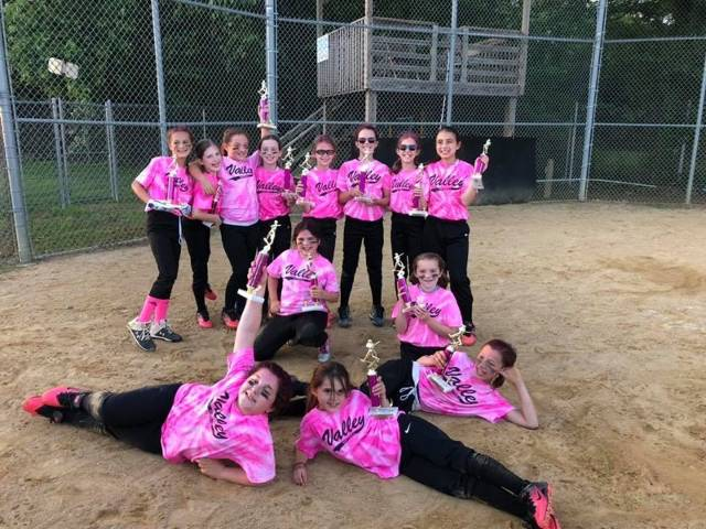 2019 Softball Minors Champs - Pink