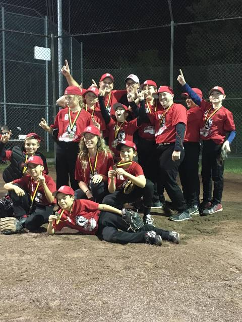 2017 Mosquito B - Monteregie Ouest Playoff & Lac Saint Louis Regional Champions - Saint Lazare Red Mustangs