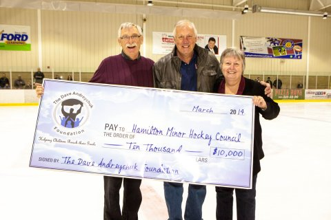 Dave Andreychuk Foundation cheque presentation 2014