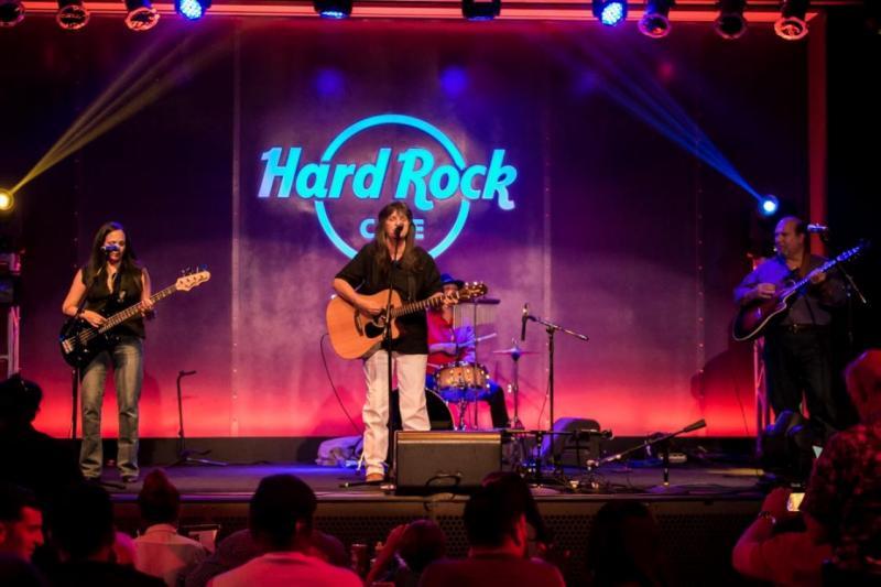 Hard rock cafe casino tampa bay