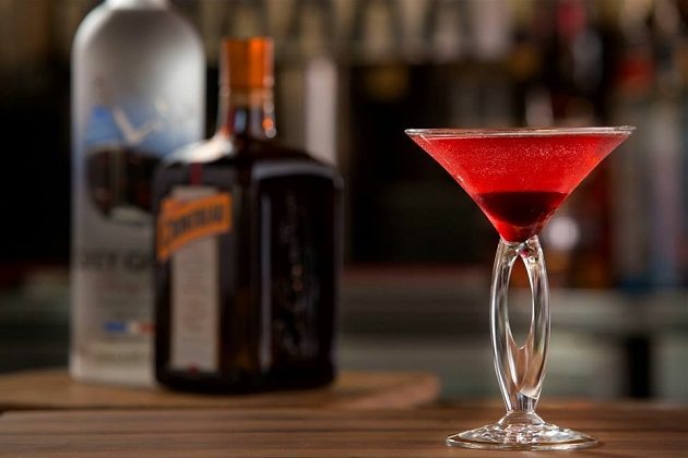 Holiday Drinks | Recipes, Tampa Bars Serving Them, and More
