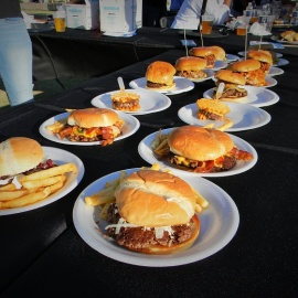 The Lowdown on the 2016 Tampa Burger Showdown