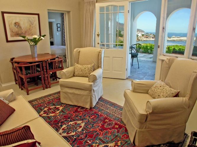 Bingley Place 2-bedroom Garden Apartment in Camps Bay, Cape Town, South Africa
