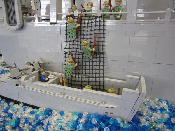 World War 2 Scenes Created with LEGOs