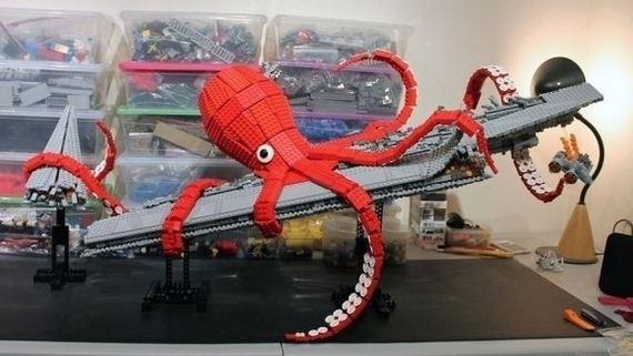 Giant Squid and Submarine