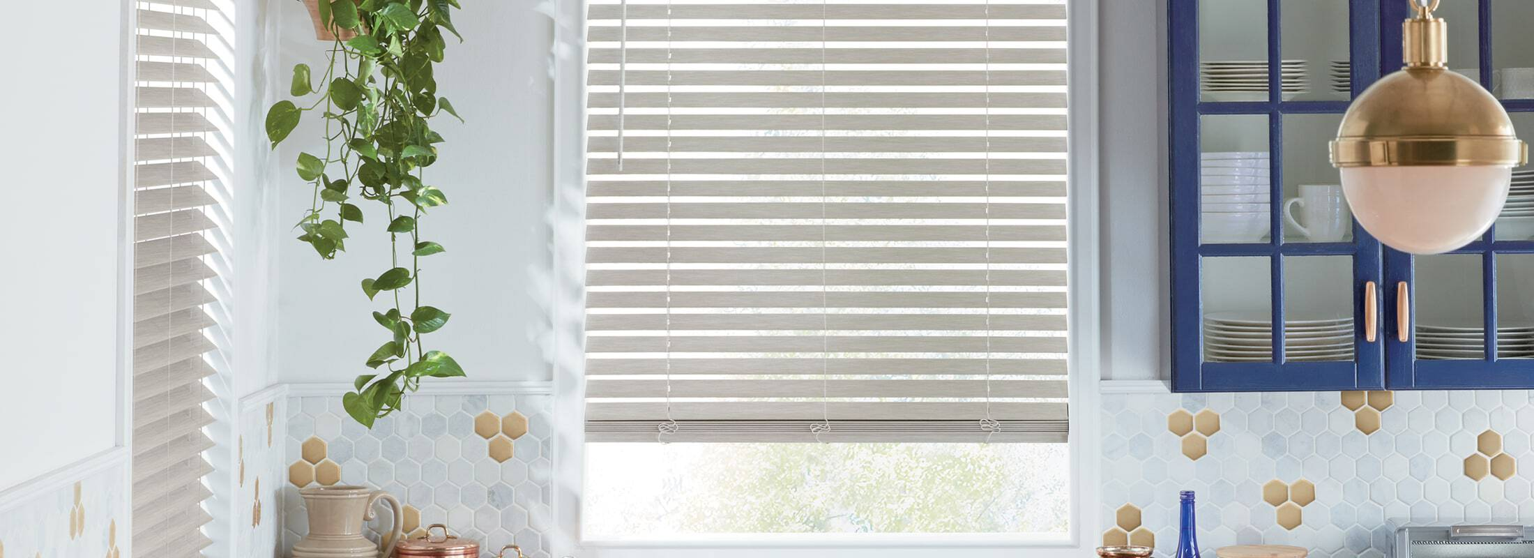 alternative-wood-blinds-everwood-trugrain-carousel-02_0.jpg