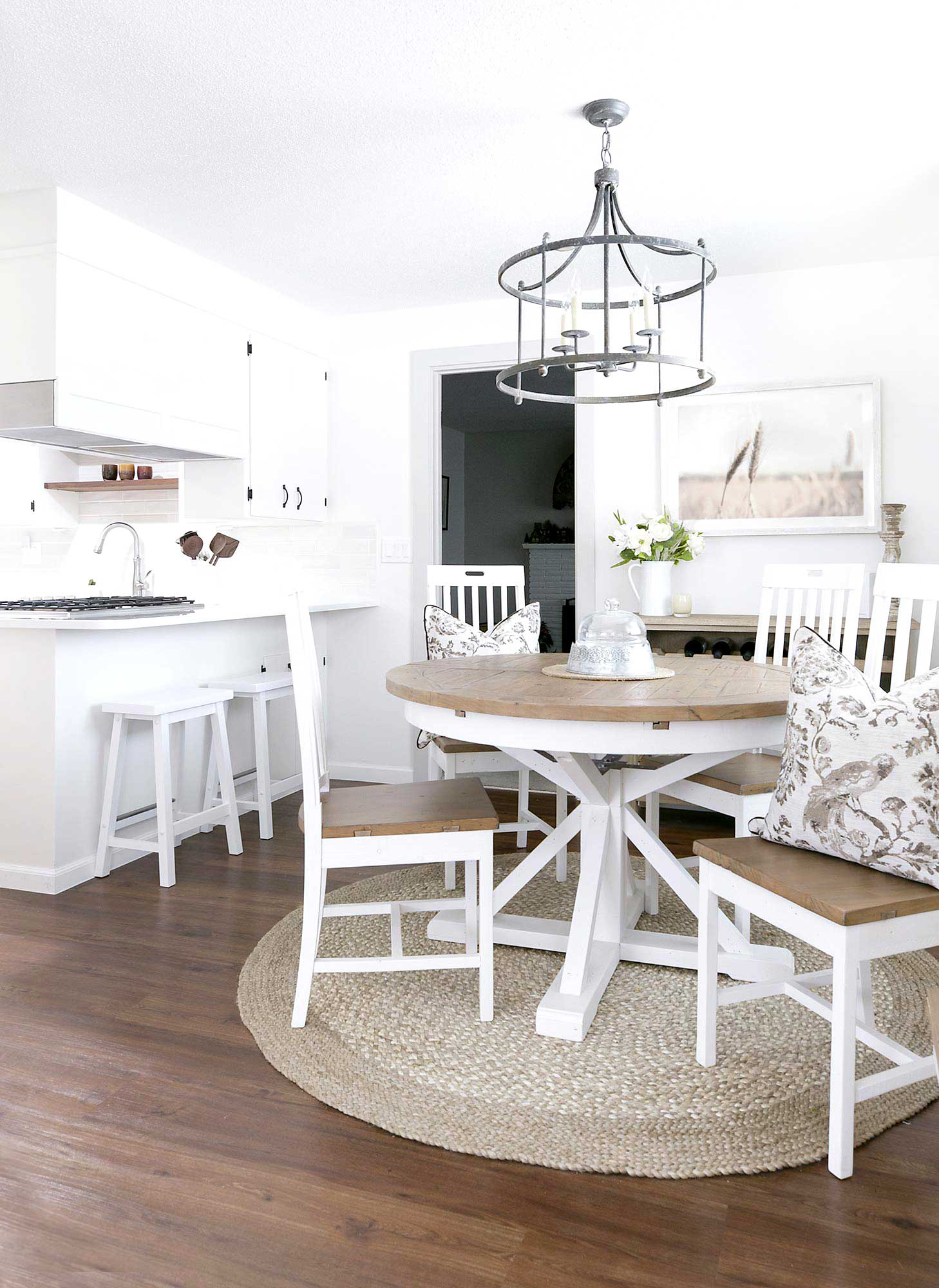 Vintage Farmhouse Kitchen and Dining Nook