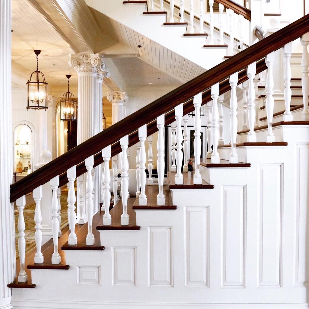 Historic-staircase-foyer.jpg