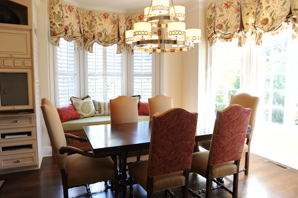 custom-kitchen-roman-shades-draperies-crewel-embroidery-fabrics-custom- chairs.jpg
