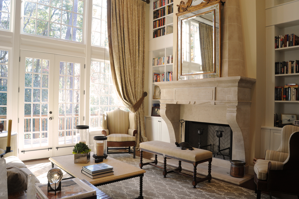 floor-to-ceiling-bookcases-two-story-draperies-living-great-room-kitchen-design-interior-design-edesign-lladesign-marietta-atlanta.jpg