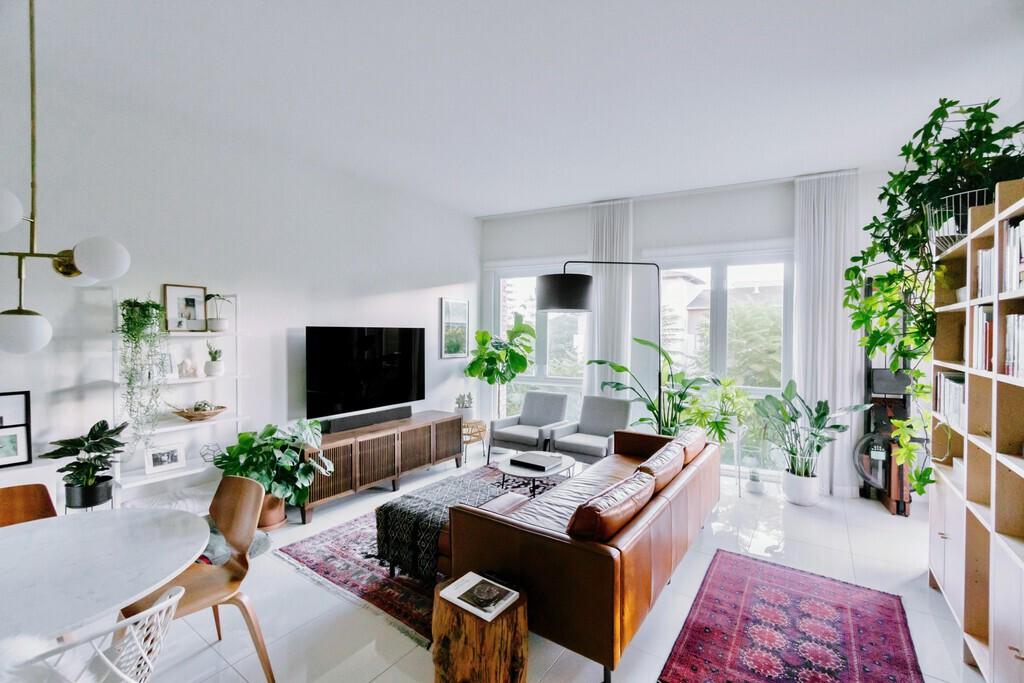 midcentury-modern-contemporary-living-room-kitchen-design-interior-design-edesign-lladesign-marietta-atlanta.jpg