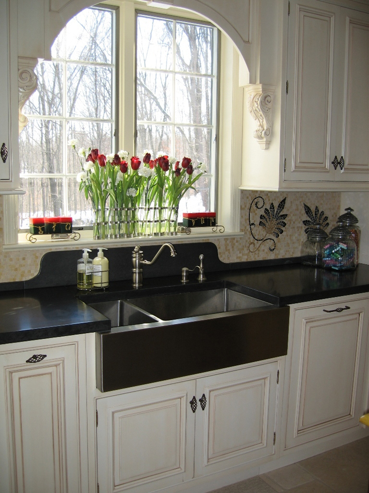 Sunny Traditional Kitchen in Westchester, NY