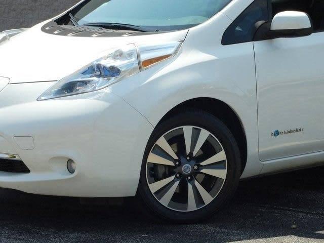 2013 Nissan LEAF 1N4AZ0CP2DC404902