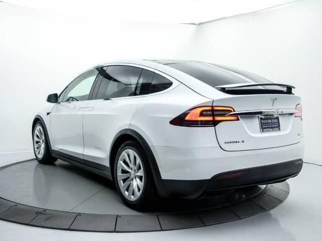 2018 Tesla Model X 5YJXCBE22JF089598 for sale in Newport beach, CA |  MYEV com