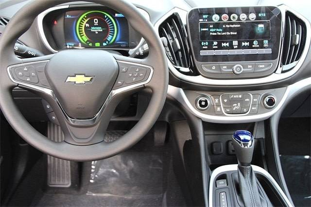 2018 Chevrolet VOLT 1G1RC6S56JU154077