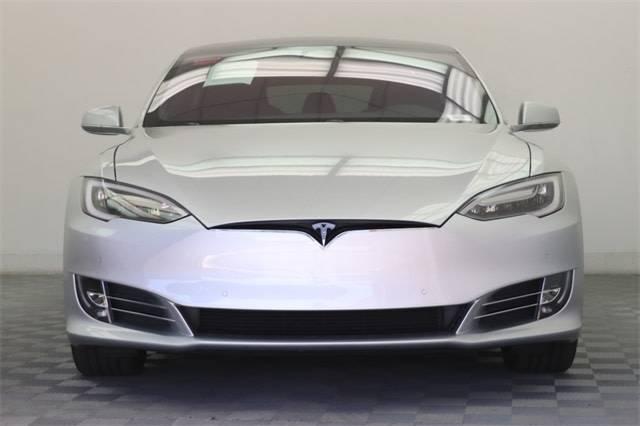 2017 Tesla Model S 5YJSA1E25HF218986