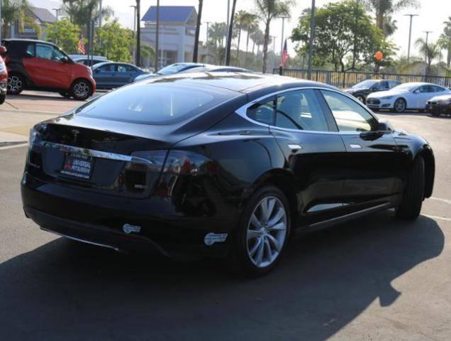 2015 Tesla Model S 5YJSA1H29FFP73349