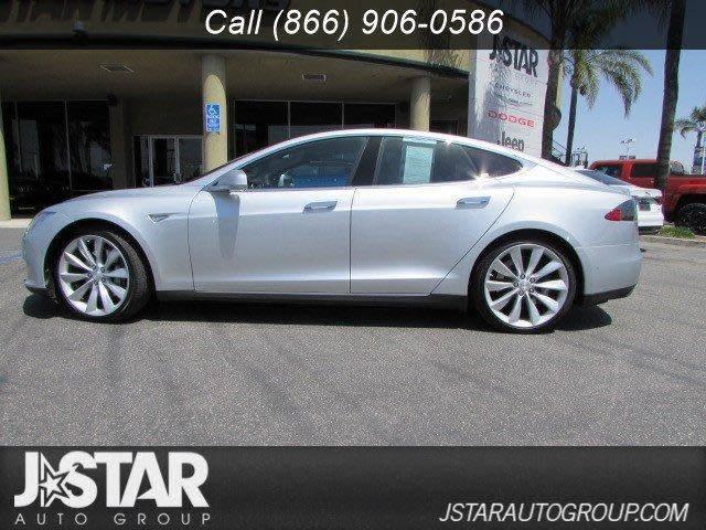 2015 Tesla Model S 5YJSA1H15FF085534