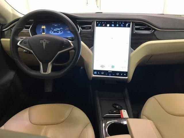 2015 Tesla Model S 5YJSA1H24FFP78006