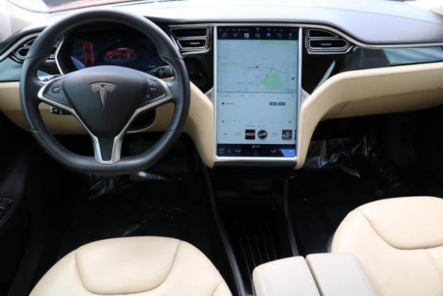 2015 Tesla Model S 5YJSA1H19FFP75612