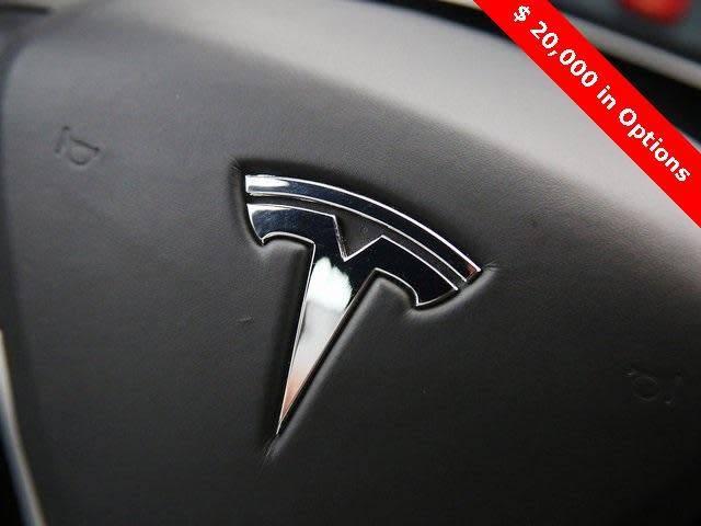 2015 Tesla Model S 5YJSA1E26FF118795
