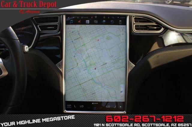 2015 Tesla Model S 5YJSA1S2XFF090004