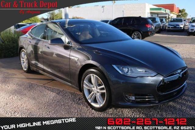 2015 Tesla Model S 5YJSA1H15FFP74876
