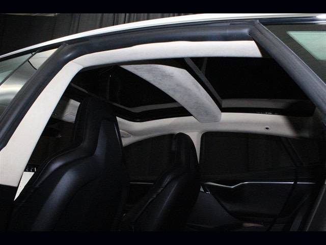 2015 Tesla Model S 5YJSA1S21FF084799