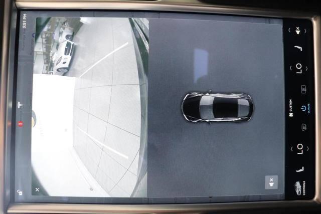 2015 Tesla Model S 5YJSA1S22FF093379