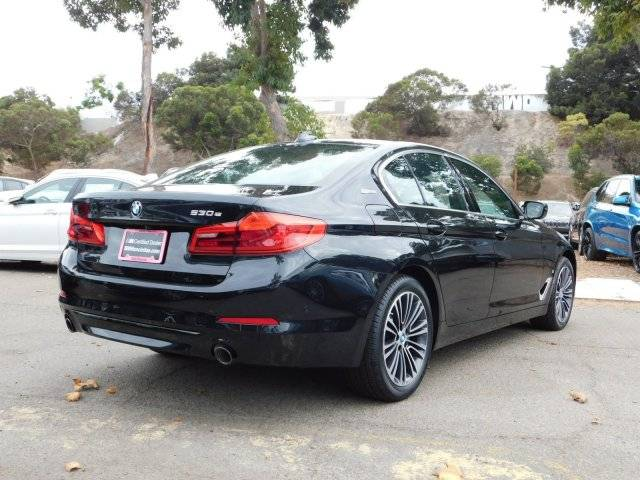 2019 BMW 5 Series WBAJA9C58KB254525