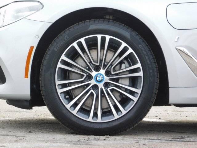 2019 BMW 5 Series WBAJA9C52KB254729