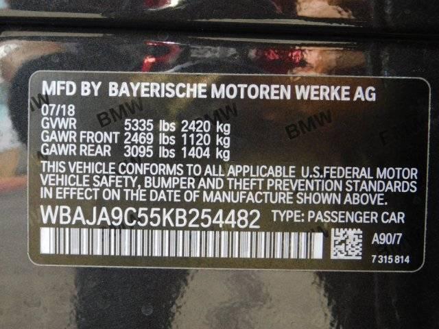 2019 BMW 5 Series WBAJA9C55KB254482