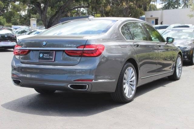 2017 BMW 7 Series WBA7J2C53HG497558
