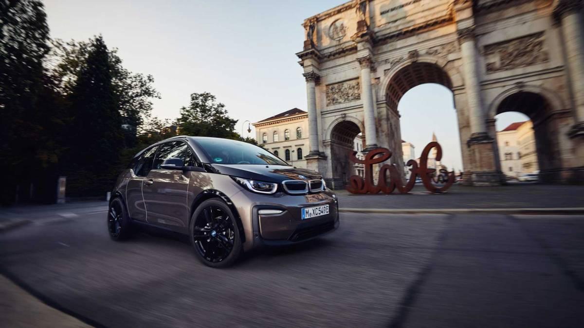 6. BMW i3