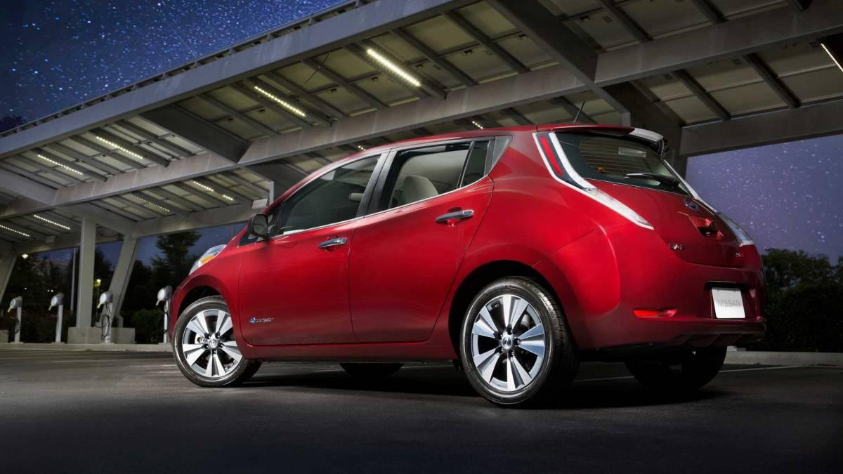 1. 2012-2016 Nissan Leaf