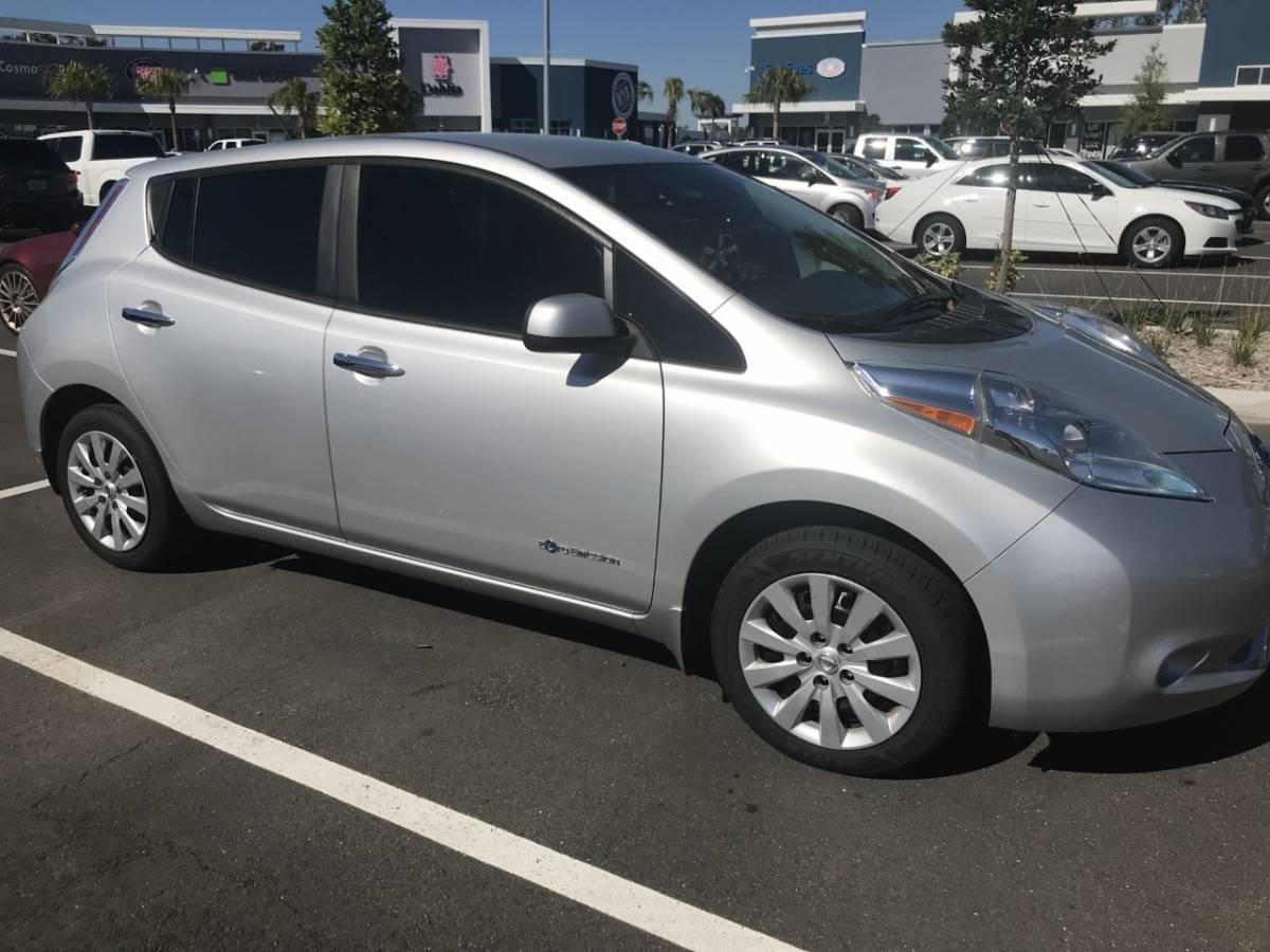 2016 Nissan LEAF 1N4AZ0CP4GC303686