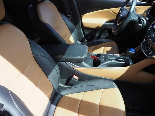 2017 Chevrolet VOLT 1G1RB6S53HU100006