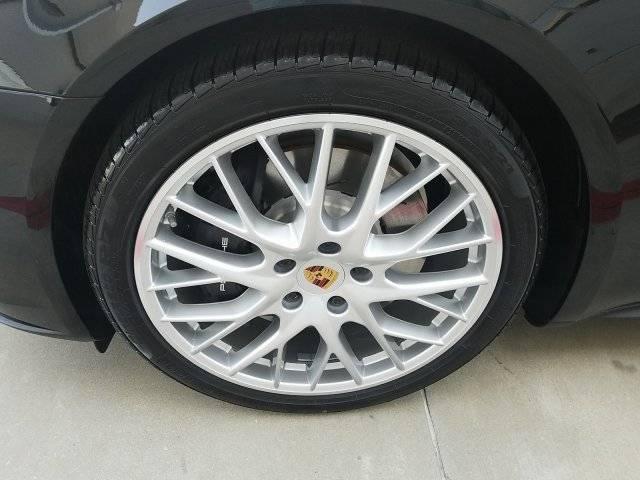 2019 Porsche Panamera WP0AE2A78KL125486